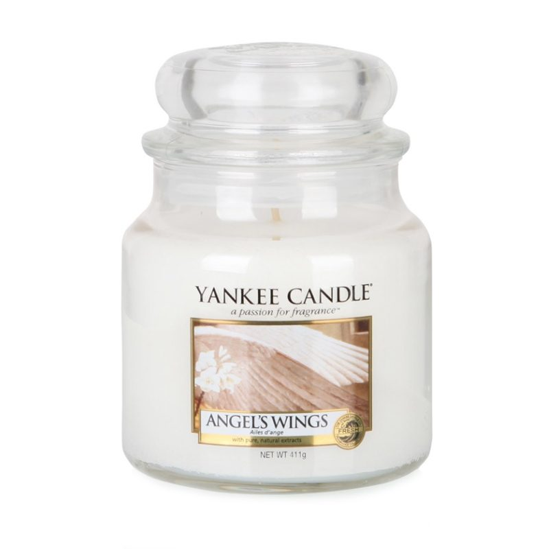 Vela Yankee Candle mediana con aroma Angels Wings