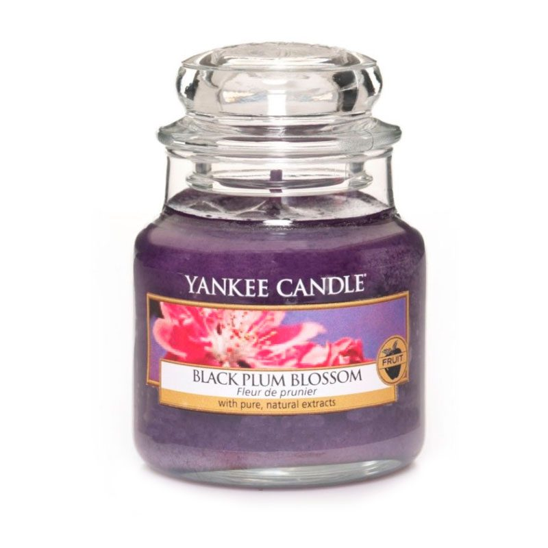 Yankee Candle en jarra pequeña, aroma a Black Plum Blossom