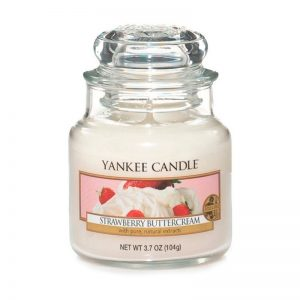 Vela Yankee Candle original en jarra pequeña, con aroma strawberry buttercream